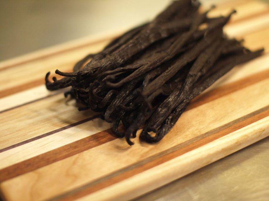 Jak zachować aromat świeżej wanilii na dłużej?