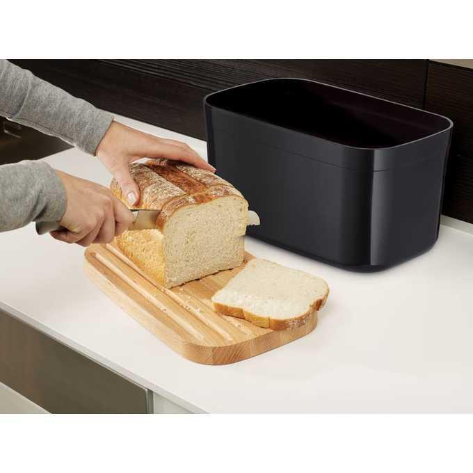 Chlebaki drewniane i nowoczesne – niezbędne akcesorium każdej kuchni